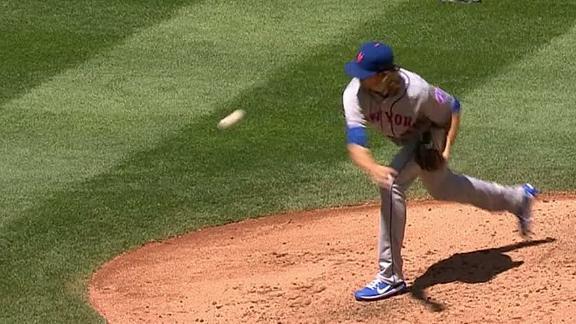 http://a.espncdn.com/media/motion/2017/0729/dm_170729_MLB_mets_degrom_terrible_warm_up_pitch/dm_170729_MLB_mets_degrom_terrible_warm_up_pitch.jpg