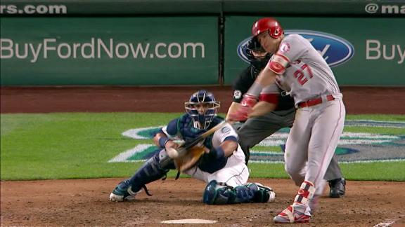 Trout clears bases with go-ahead 3-run double