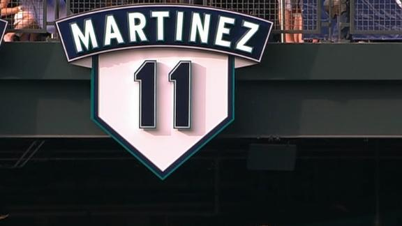 Mariners retire Edgar Martinez' number