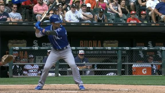 Merrifield's 2-run triple adds to Royals' lead