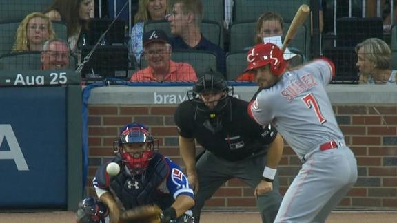 Reds take lead on Inciarte's error