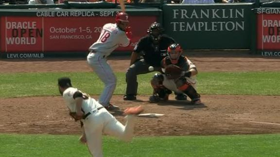 Floriman gives Phils lead with a single