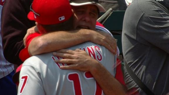 http://a.espncdn.com/media/motion/2017/0820/dm_170820_MLB_PHILLIES_HOSKINS_HUGS_DAD_BEFORE_GAME_AND/dm_170820_MLB_PHILLIES_HOSKINS_HUGS_DAD_BEFORE_GAME_AND.jpg