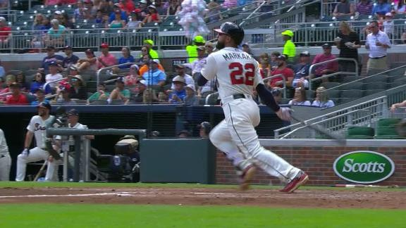 Markakis puts Braves on the board with 2-run double