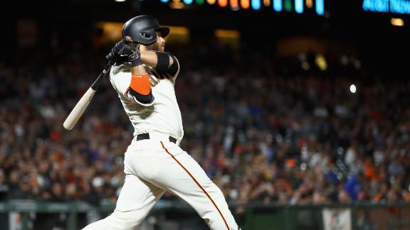 Crawford's RBI double puts Giants on the board