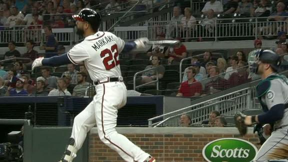 Markakis' homer gives Braves lead