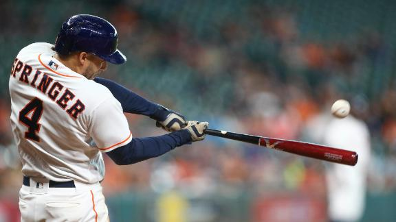 Astros win in emotional return to Houston
