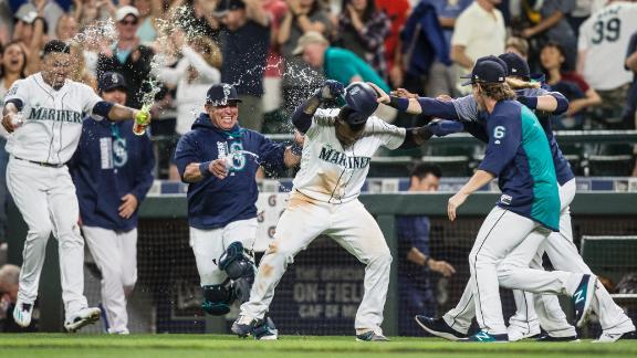 http://a.espncdn.com/media/motion/2017/0903/dm_170903_MLB_Mariners_walk_off_on_wild_pitch/dm_170903_MLB_Mariners_walk_off_on_wild_pitch.jpg