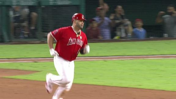 Pujols passes Thome with 613th homer