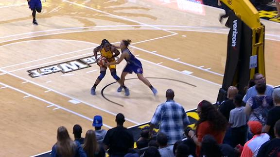 Ogwumike hits the dagger against Mercury
