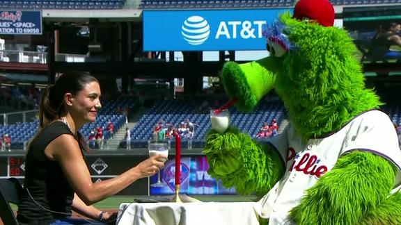 Philly Phanatic knows how to get to a lady's heart
