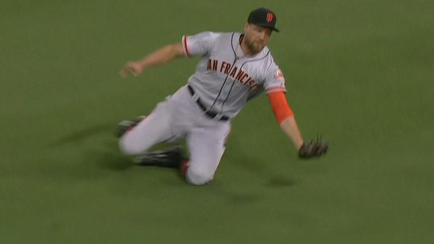 http://a.espncdn.com/media/motion/2017/0923/dm_170923_MLB_GIANTS_PENCE_SLIDING_CATCH433/dm_170923_MLB_GIANTS_PENCE_SLIDING_CATCH433.jpg
