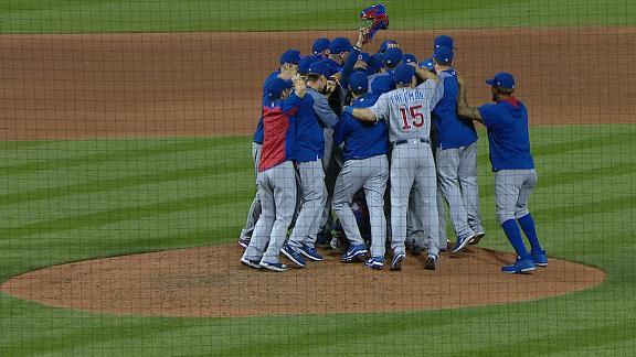 Cubs celebrate after locking up NL Central