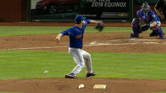 Harvey drops the ball ... literally