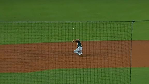 Bad hop off Chapman's glove costs Oakland two runs