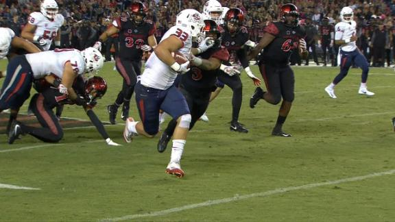 http://a.espncdn.com/media/motion/2017/1022/dm_171022_NCF_Fresno_State_captures_second_rushing_TD/dm_171022_NCF_Fresno_State_captures_second_rushing_TD.jpg