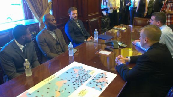 http://a.espncdn.com/media/motion/2017/1024/dm_171024_NFL_eagles_players_at_penn_capitol/dm_171024_NFL_eagles_players_at_penn_capitol.jpg