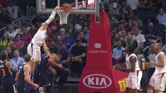 Griffin puts Gobert on a poster
