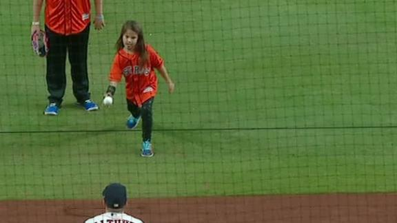 http://a.espncdn.com/media/motion/2017/1028/dm_171028_MLB_One-Play_Hailey_Dawson_throws_out_first_pitch/dm_171028_MLB_One-Play_Hailey_Dawson_throws_out_first_pitch.jpg