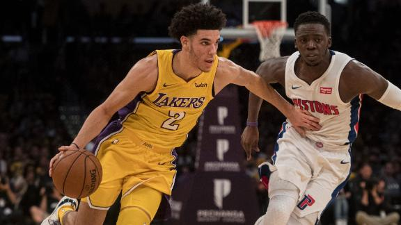 Balanced Lakers roll against Pistons