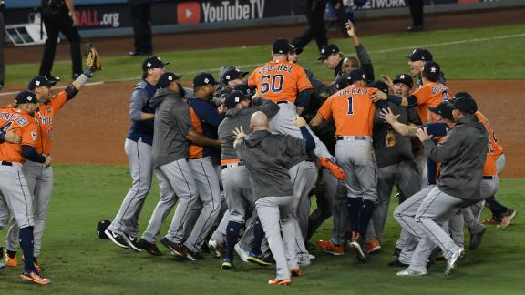 Astros take Game 7 to win first title