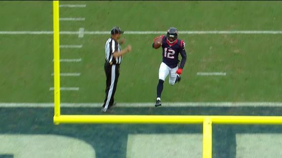 Savage tosses a 26-yard TD to Ellington