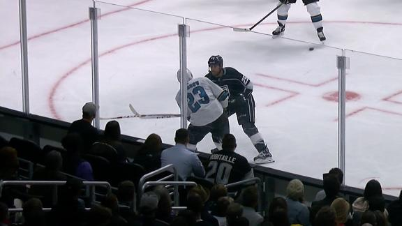Ward deflects go-ahead goal in Sharks' win