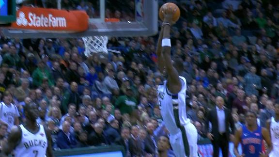 Snell delivers crushing two-handed slam