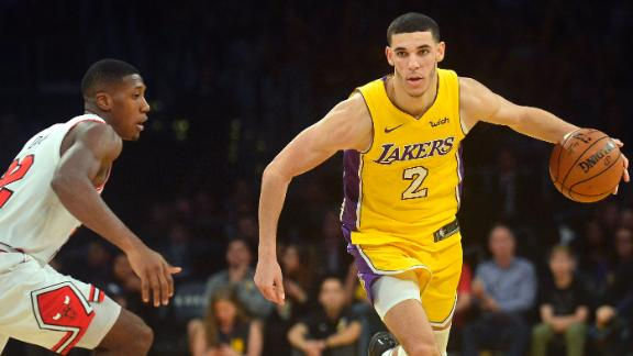 Ball picks up 13 rebounds in Lakers' victory