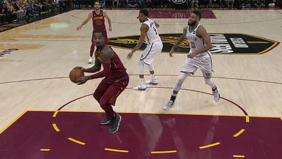 http://a.espncdn.com/media/motion/2017/1122/dm_171122_NBA_cavs_smith_twirling_pass/dm_171122_NBA_cavs_smith_twirling_pass.jpg