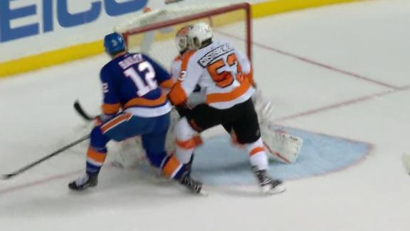 Bailey's goal lifts Islanders past Flyers