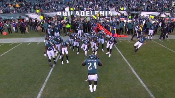 http://a.espncdn.com/media/motion/2017/1126/dm_171126_NFL_EAGLES_INT_AND_ELECTRIC_SLIDE/dm_171126_NFL_EAGLES_INT_AND_ELECTRIC_SLIDE.jpg