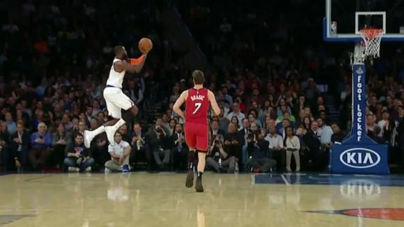 http://a.espncdn.com/media/motion/2017/1129/dm_171129_NBA_Knicks_Hardaway_Hafltime_Buzzer_Beater_Enhanced/dm_171129_NBA_Knicks_Hardaway_Hafltime_Buzzer_Beater_Enhanced.jpg