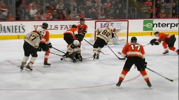 Pastrnak helps Bruins shut out Flyers on the road