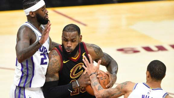 LeBron leads Cavaliers to 13th straight win