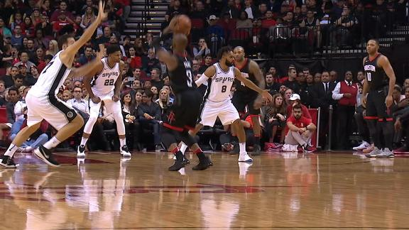 CP3 completes four-point play