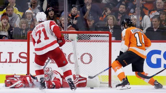 Couturier's tiebreaking goal beats Detroit