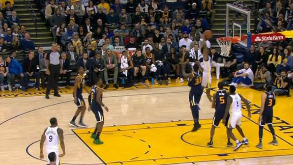 Bell finds McCaw for slam