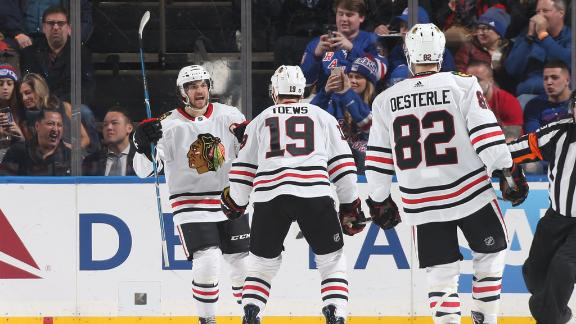 Hinostroza, Toews dazzles with between-the-legs pass and goal