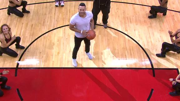 http://a.espncdn.com/media/motion/2018/0104/dm_180104_nba_carlos_correa_free_throw/dm_180104_nba_carlos_correa_free_throw.jpg