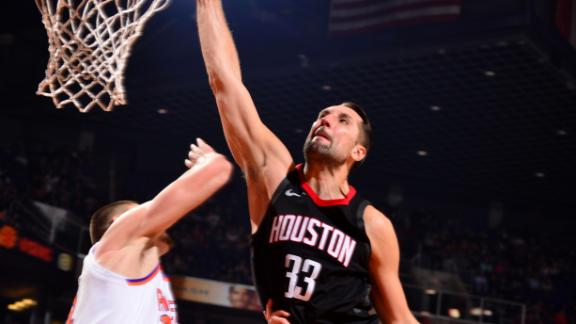 Rockets soar past Suns