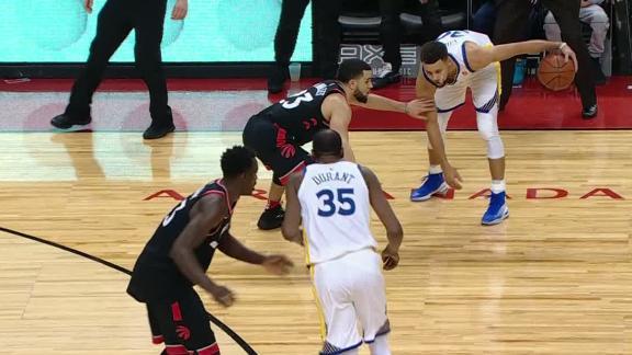 Raptors, Curry exchanging 3s