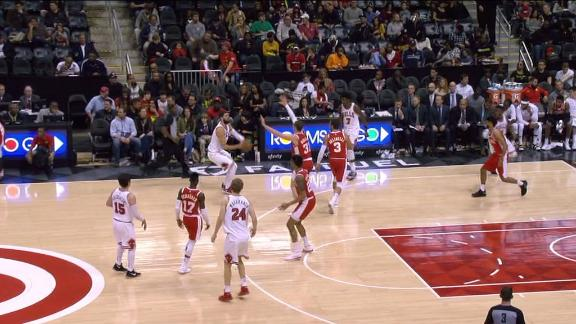 Mirotic gives Bulls 25-point cushion in the fourth