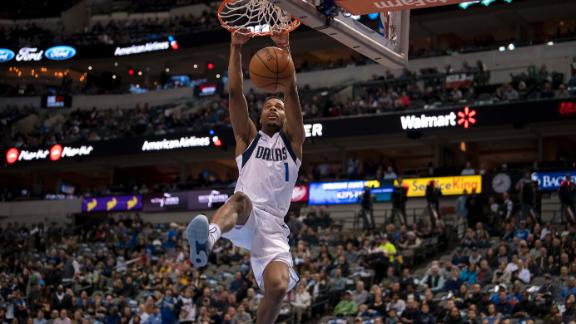 Dennis Smith Jr. is a dunking machine