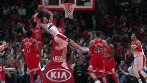 http://a.espncdn.com/media/motion/2018/0210/dm_180210_NBA_Satoransky_leaves_after_hard_hit_from_Portis/dm_180210_NBA_Satoransky_leaves_after_hard_hit_from_Portis.jpg