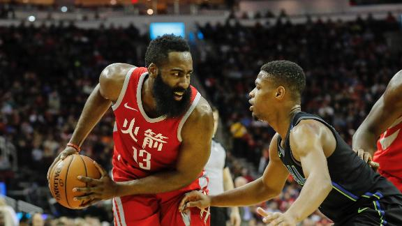 Rockets soar past Mavericks