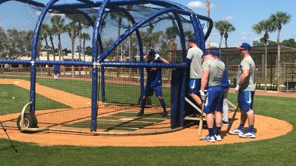 Tebow takes swings at Mets spring training
