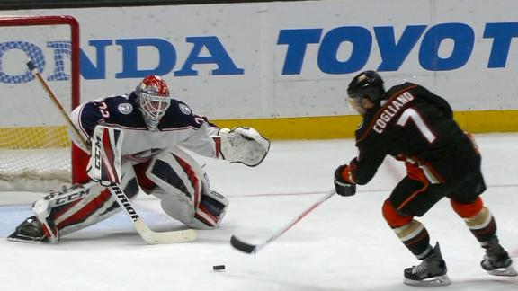 Cogliano nets short-handed goal to put Ducks up for good