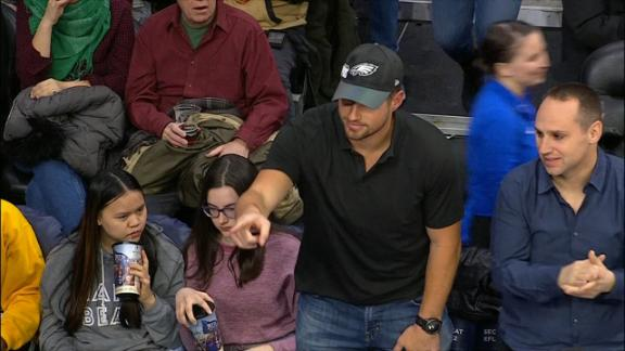 http://a.espncdn.com/media/motion/2018/0313/dm_180313_Celek_at_sixers_game/dm_180313_Celek_at_sixers_game.jpg