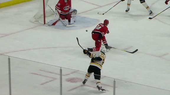 Pastrnak's power-play goal gives Bruins win